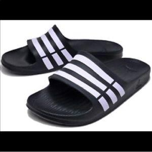 Other - Adidas duramo slides g15890